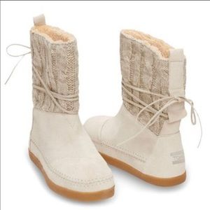 TOMS Cream Colored Knit Suede Nepal Boots